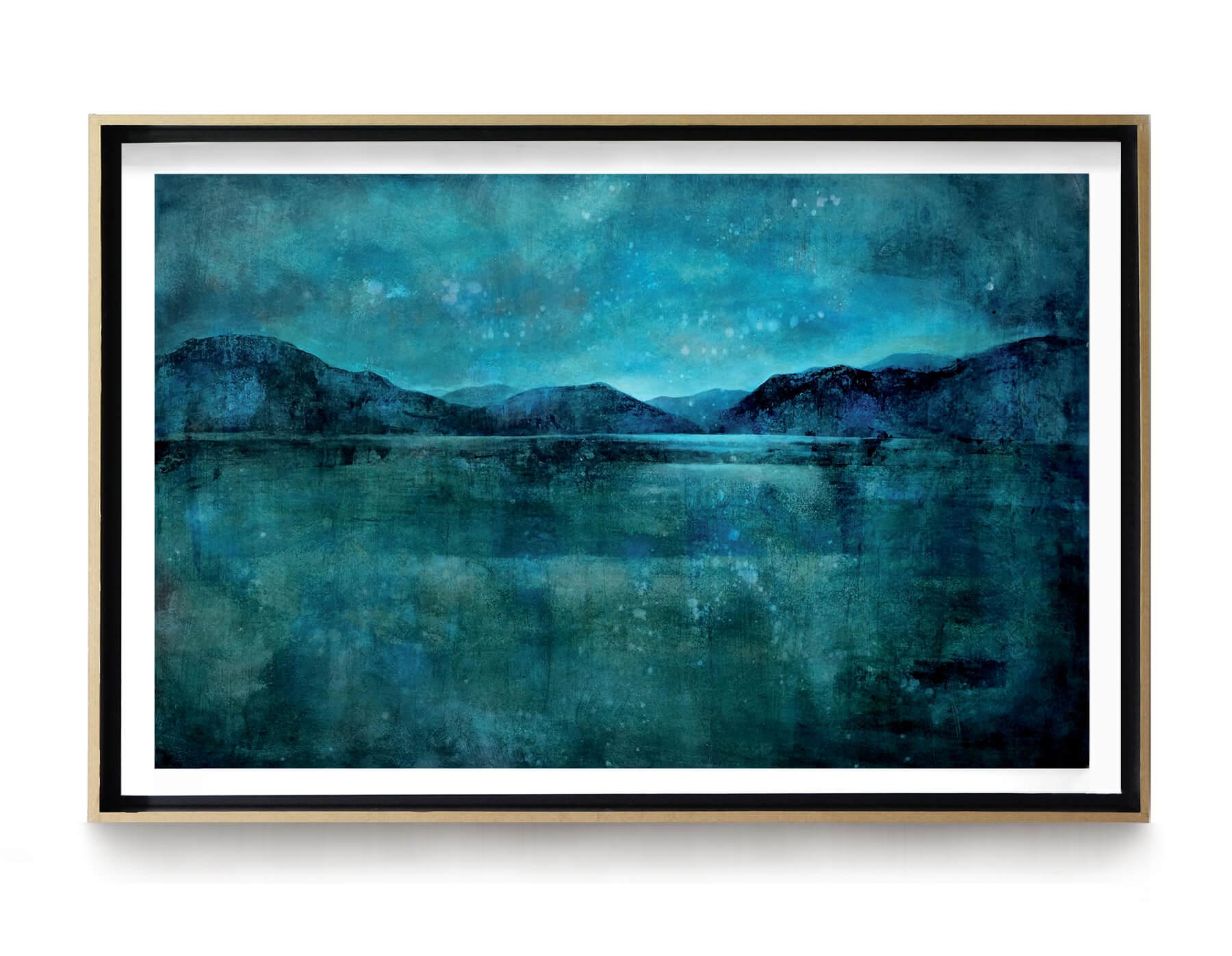 grand_paysage_bleu_nuit_100x80_Acrylique_et_encre_sur_carton_encadre_lightbox